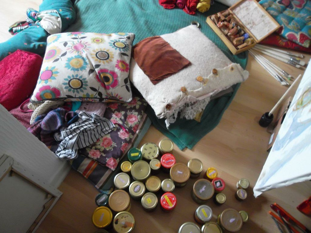 cozy with lour jars